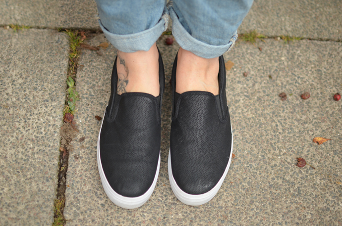 PRIMARK-SLIP-ON-SHOES