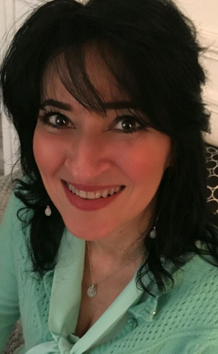 Nadia Benbouta