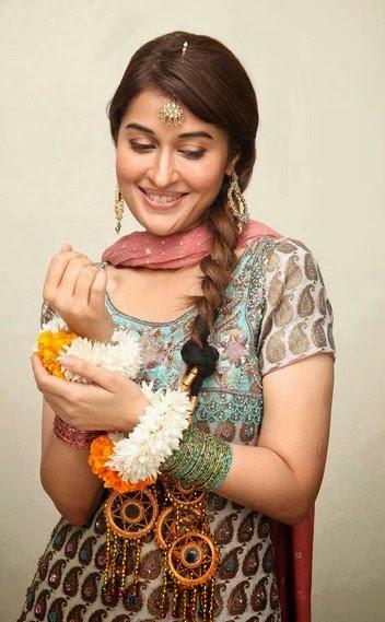 Most+Beautiful+Pakistani+Women+Fashion+Model+Images+2013 14002