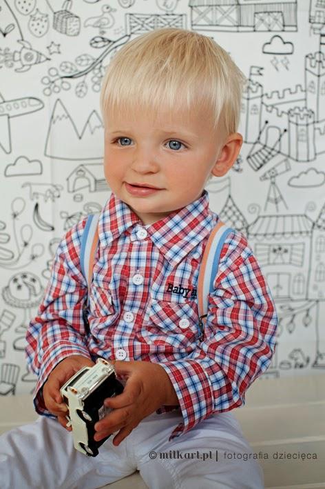fotografia niemowlęca, zdjęcia niemowlaków, sesje zdjęciowe dzieci, fotografia dziecięca, sesje na prezent
