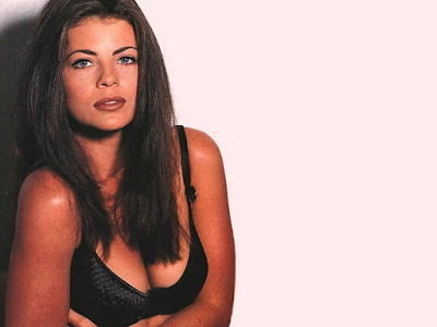 Yasmine Bleeth Hot Wallpaper