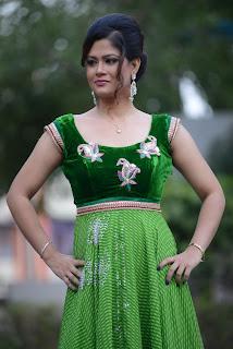 Shilpa Chakravarthy gorgeous stills 012.jpg