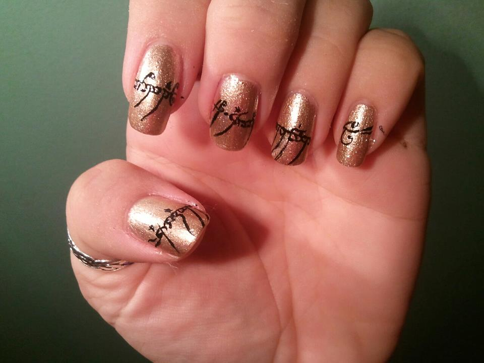 The Nail Nerd: Lord of the Rings manicure