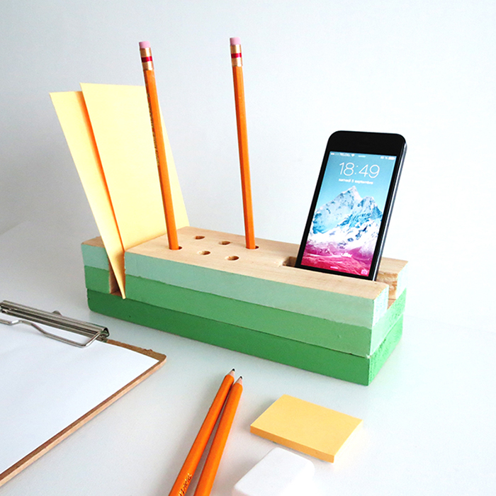 Diy wooden desk organizer ohoh blog for Woodworks design office 8