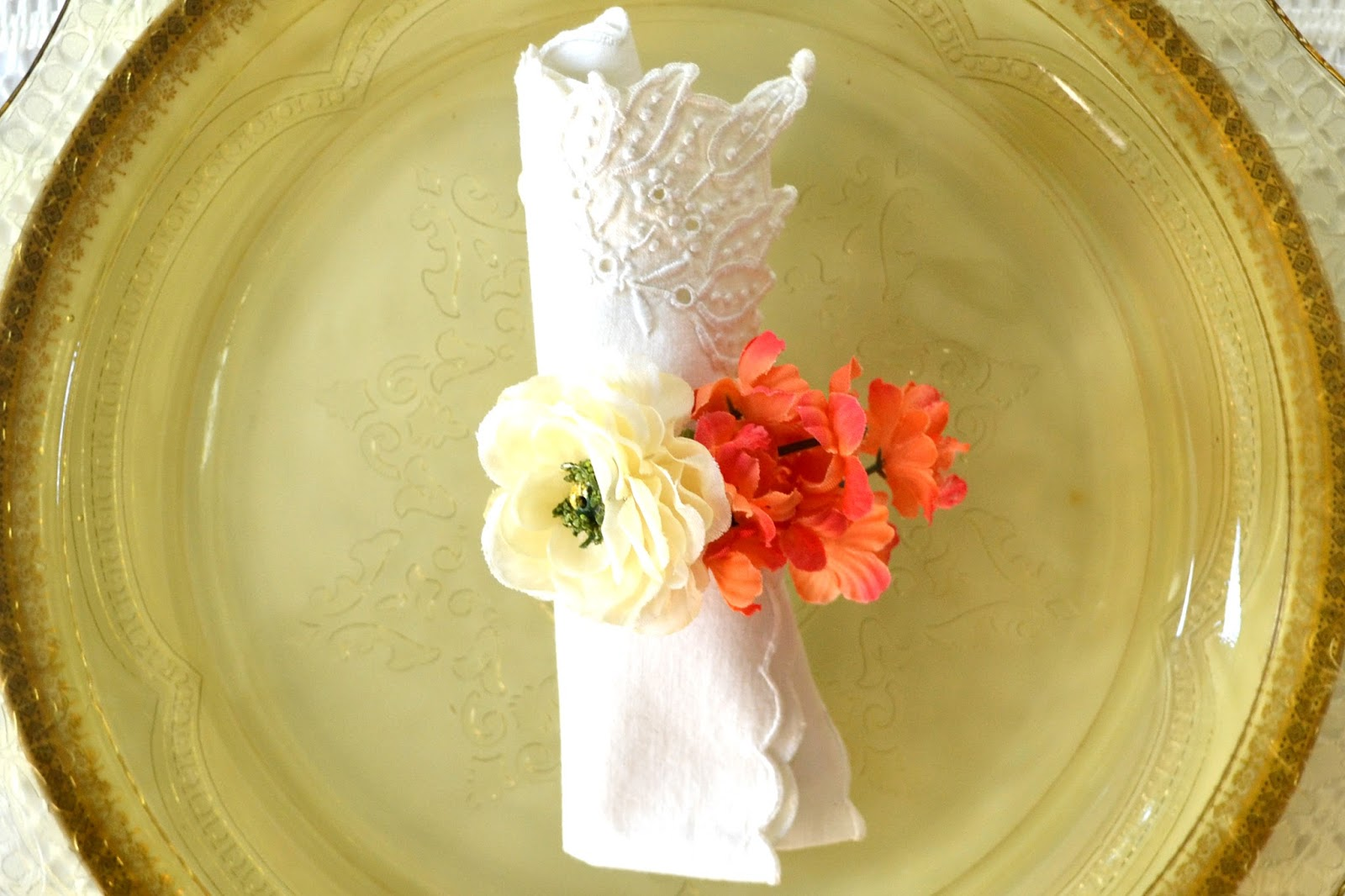 Attic Lace Pretty Bloom Napkin Rings