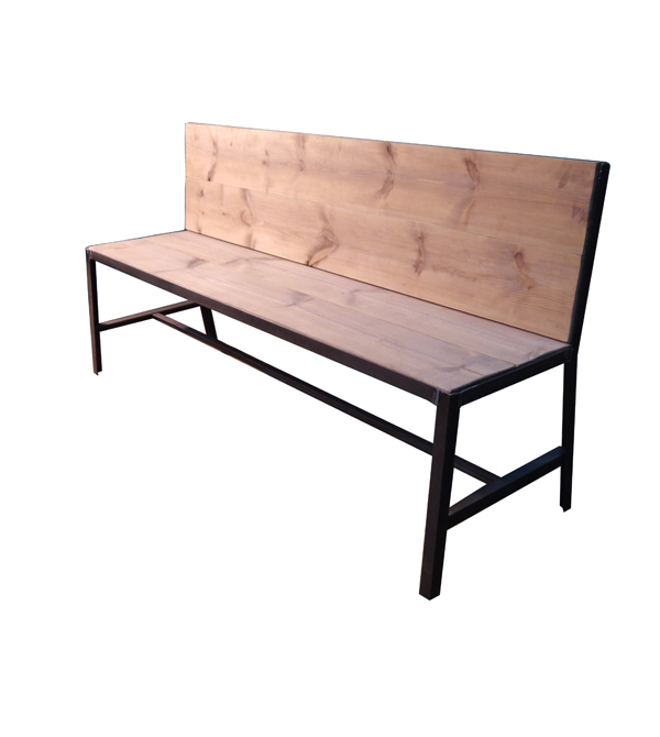 Mesas y sillas en metal de estilo industrial en hierro y for Banco de jardin de hierro y madera