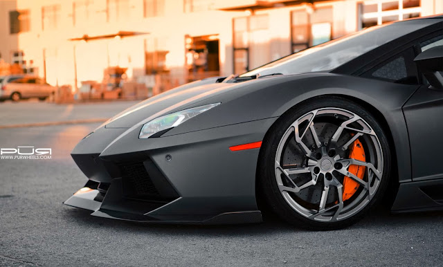 http://okoknoinc.blogspot.com/2013/11/lamborghini-aventador-fitted-with-rs05.html