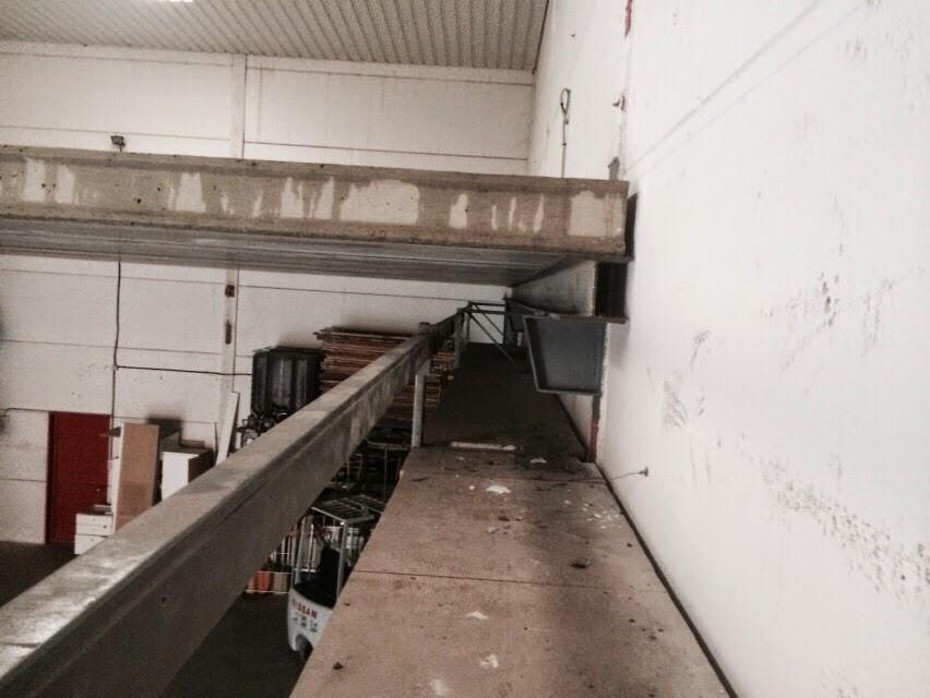 Naves industriales en madrid con placa alveolar for Cuanto cuesta el metro de hormigon