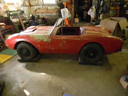 5k Flash: 1958 Berkeley Sports SA322/328 Rolling Chassis
