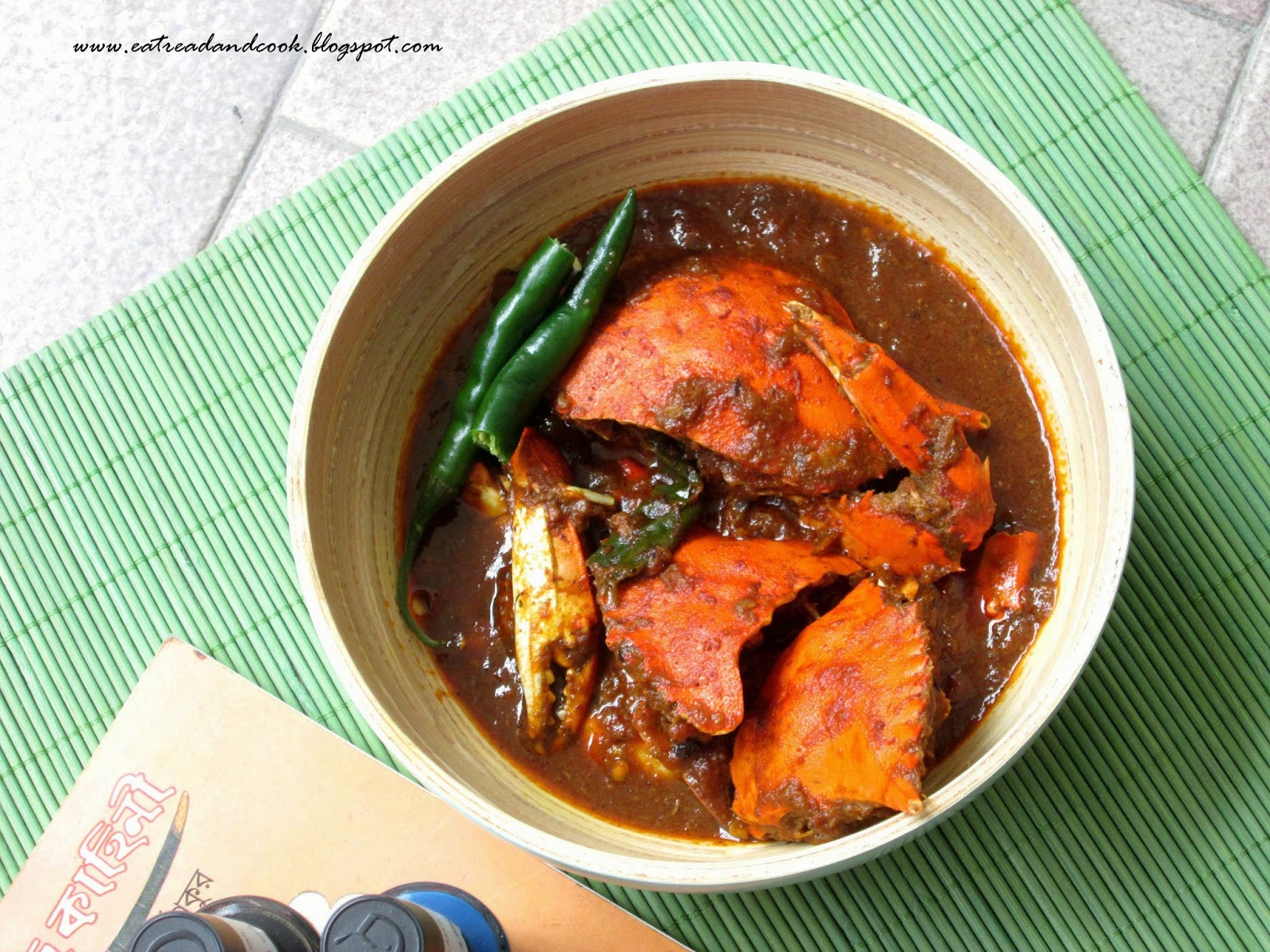 how to cook bengali style spicy crab curry