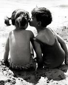 Tardaste mucho en comprender que solo quería un beso tuyo.