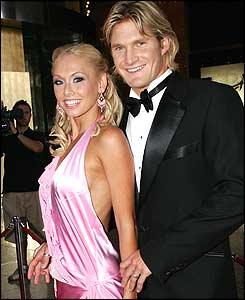 Shane Watson Wife Lee Furlong Images 2011 | New Sports Stars