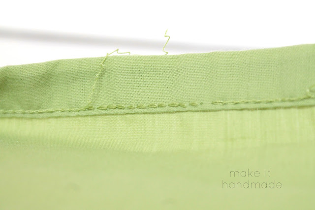 How to quickly 'un-hem' a sheet without wasting fabric!  I was giddy when I realized that ripping out that seam would take 30 seconds instead of 30 minutes! Tutorial by Make It Handmade.