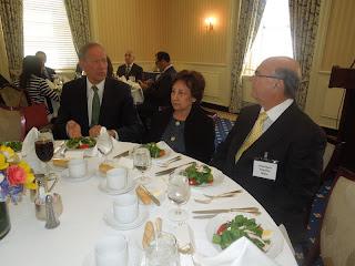 Ex gobernador NY George Pataki ofrece almuerzo a Hipólito Mejía