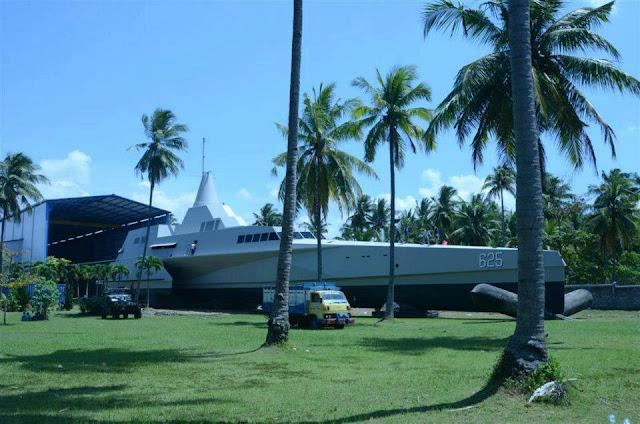 KRI Klewang 625 Kapal Siluman (stealth)