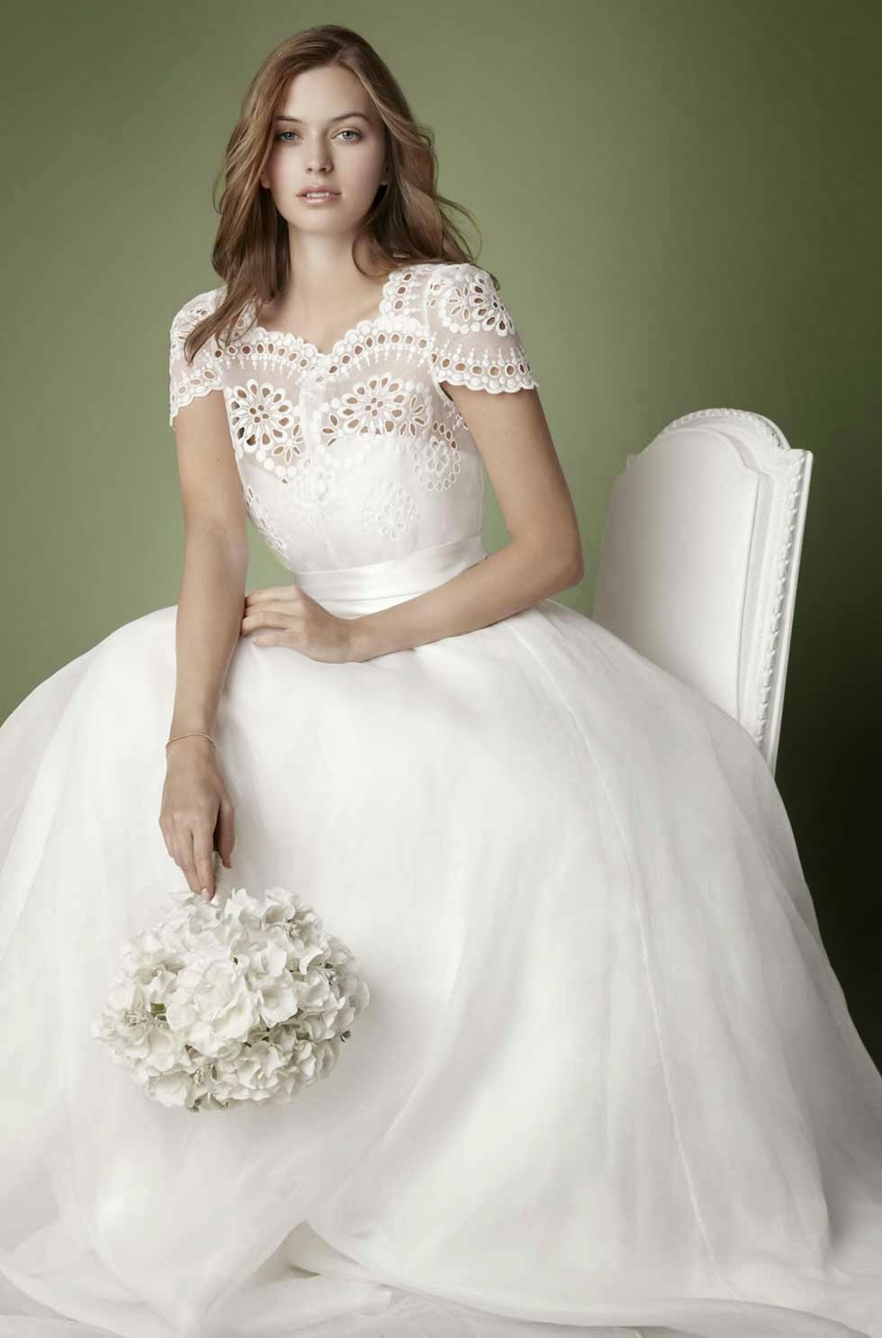 Vintage Wedding Dress With Sleeves Ideas Photos HD