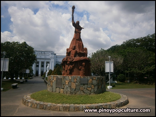 Bantayog ng Bayanihan, monuments, Bulacan Provincial Capitol, plaza