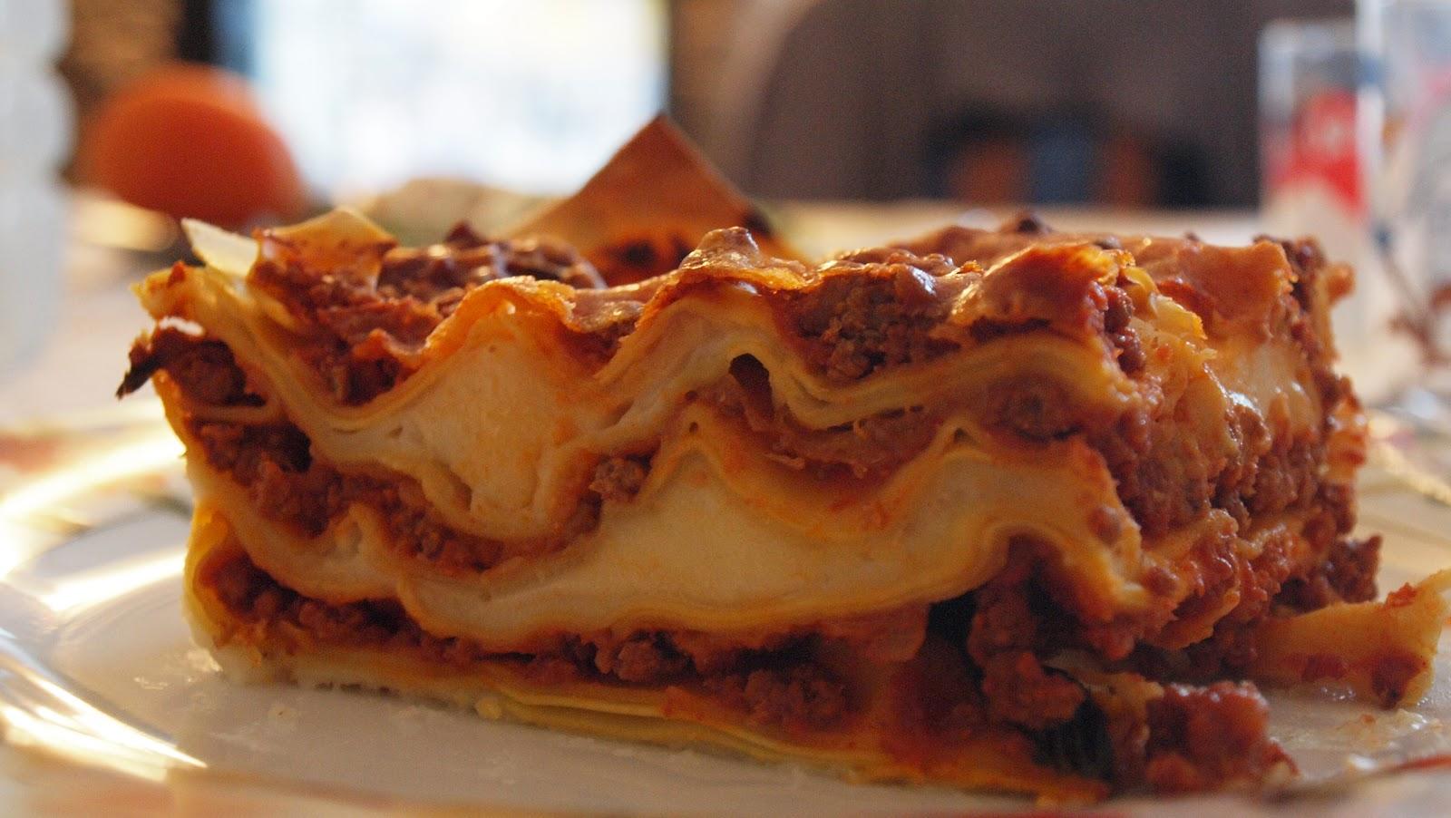 Lasagne alla bolognese | Delizie da Gustare