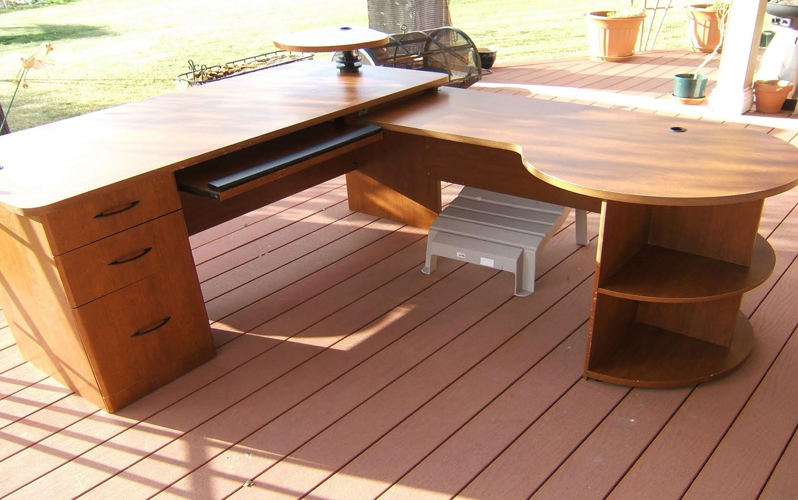 TOMMYS COLORADO GARAGE SALE Office Desk For Sale On