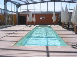 Porche de techo de vidrio madrid cerramientos y for Cubiertas para piscinas madrid