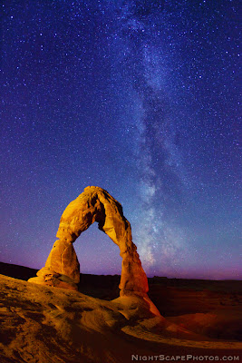 Nightscape Photography - Delicate Arch - Milky Way - Stars