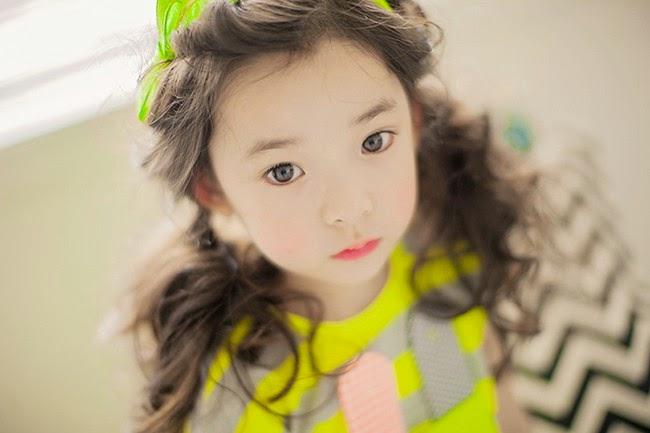 Mới 6 tuổi nhưng Park Hyo Je đã là mẫu nhí đắt show