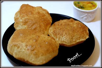 poori,pori,puri,indian breakfast, puffy poori