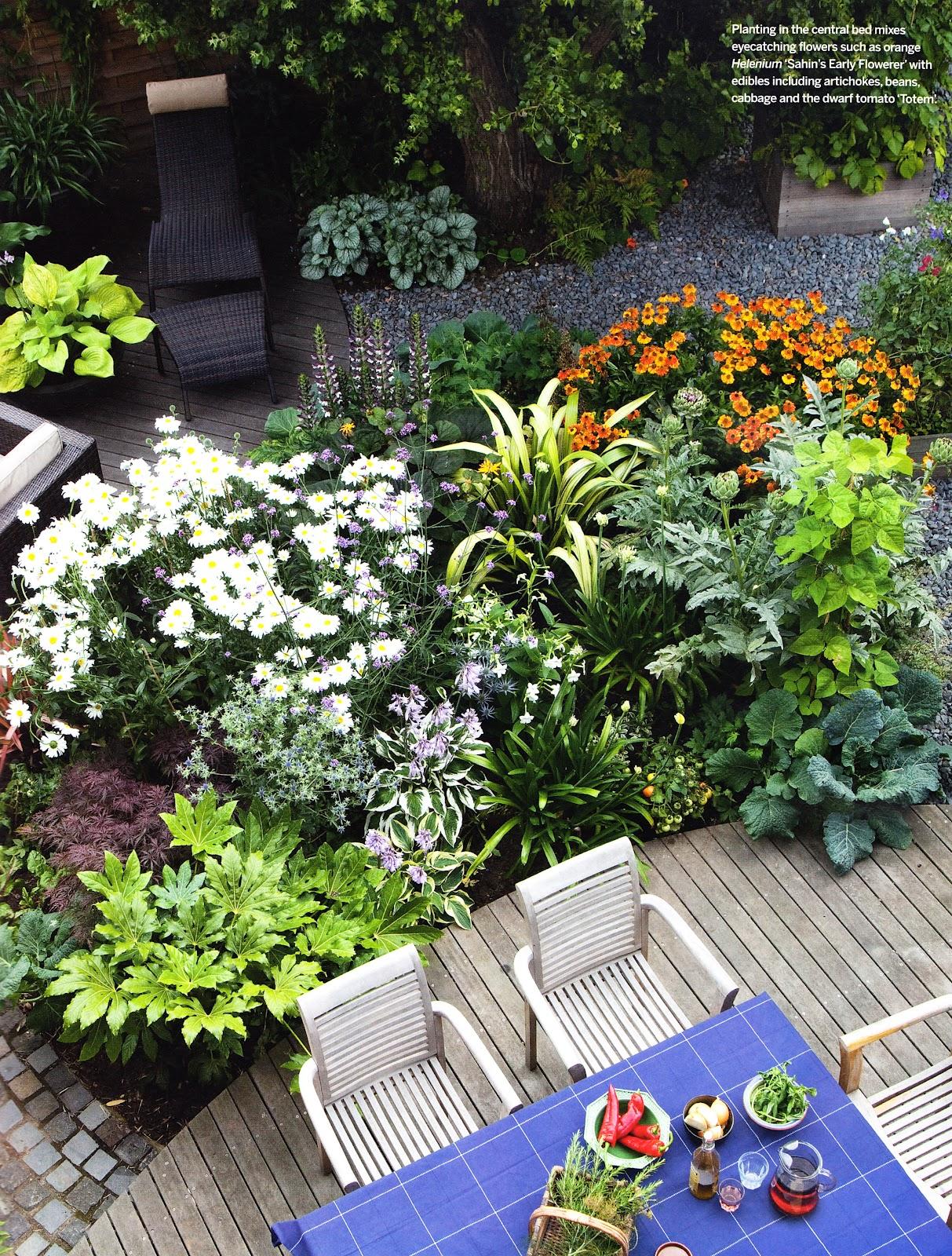 Posted by karen wagner garden design at 11:05