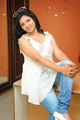 Shweta glam photos stills-thumbnail-8