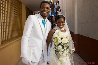les mariés quittent le temple en Guadeloupe mariage à Pointe-à-Pître