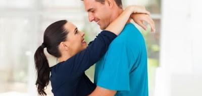 كيف تجعل الفتاة تغرم بكَ وتحبك,كيف تهتمين بزوجك وحبيبك
