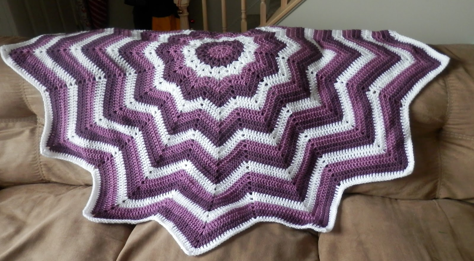 Karens Crocheted Garden of Colors: 12 Point Round Ripple Afghan