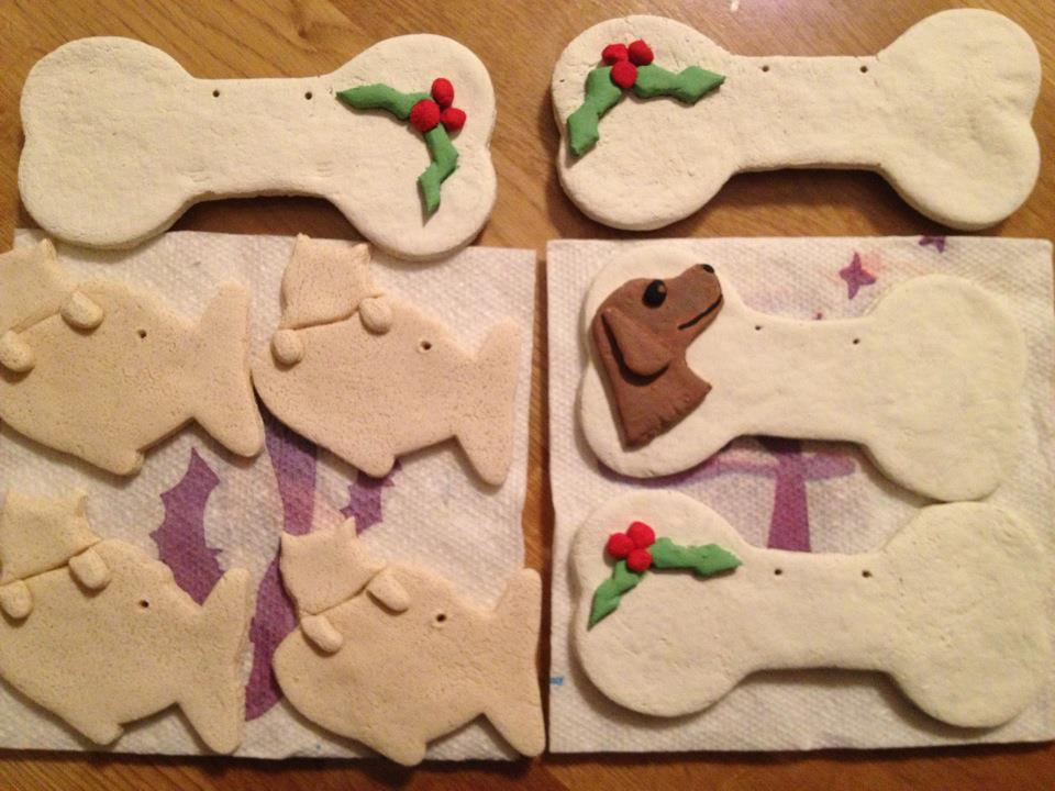 Frosting fran diy christmas dog gifts do it yourself christmas dog gifts by treats by the pawful solutioingenieria Choice Image