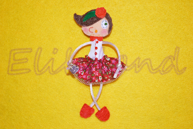 Mini-Elily Muñeca Fieltro broche Bolso Cuello