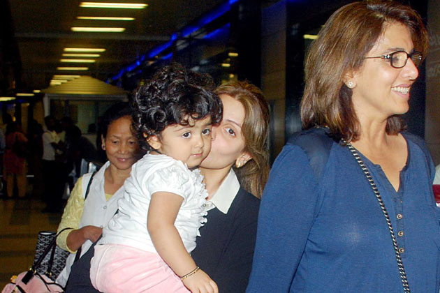 Photo: Ranbir Kapoor's Sister With Her Daughter
