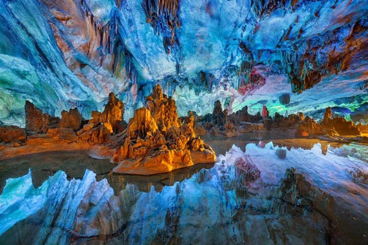 10-most-beautiful-caves