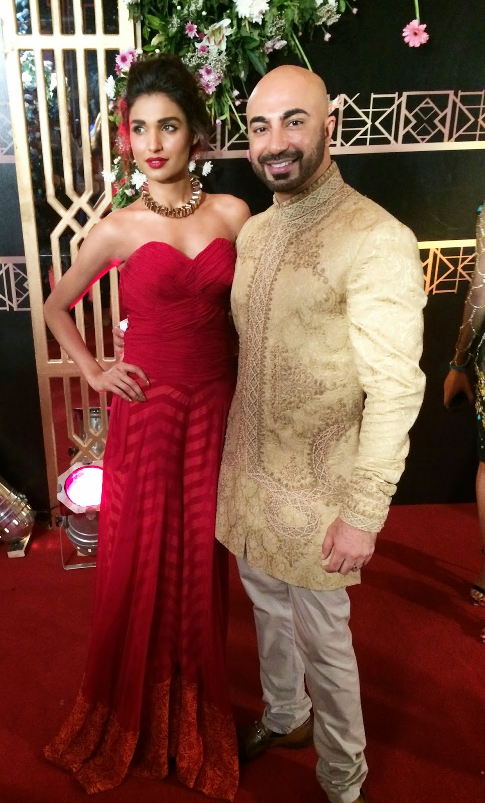 Designer HSY and Jury's Choice Best Actress Winner Amna Ilyas in a gown from HSY's Venom collection