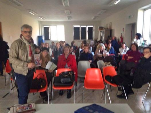 la presentazione del mio libro LA DIVERSITÀ NELL'UNITÀ alle insegnanti dell'I.C. 'De Filippo'