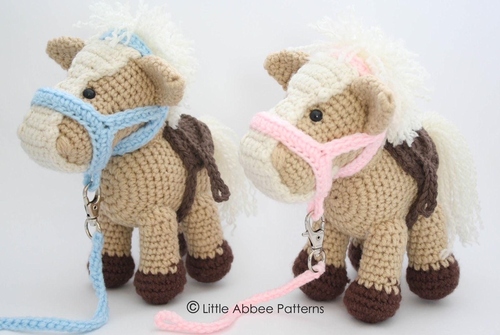 Little Abbee: His and Hers Amigurumi Horses