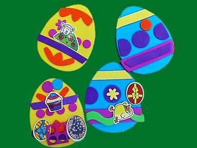 http://manualidades.about.com/od/Pascua/fl/Huevos-de-Pascua-con-fomi.htm
