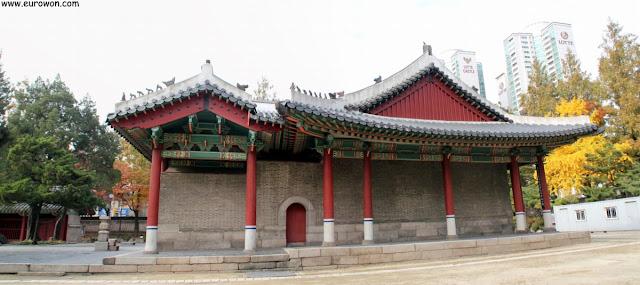 Edificio del santuario Dongmyo