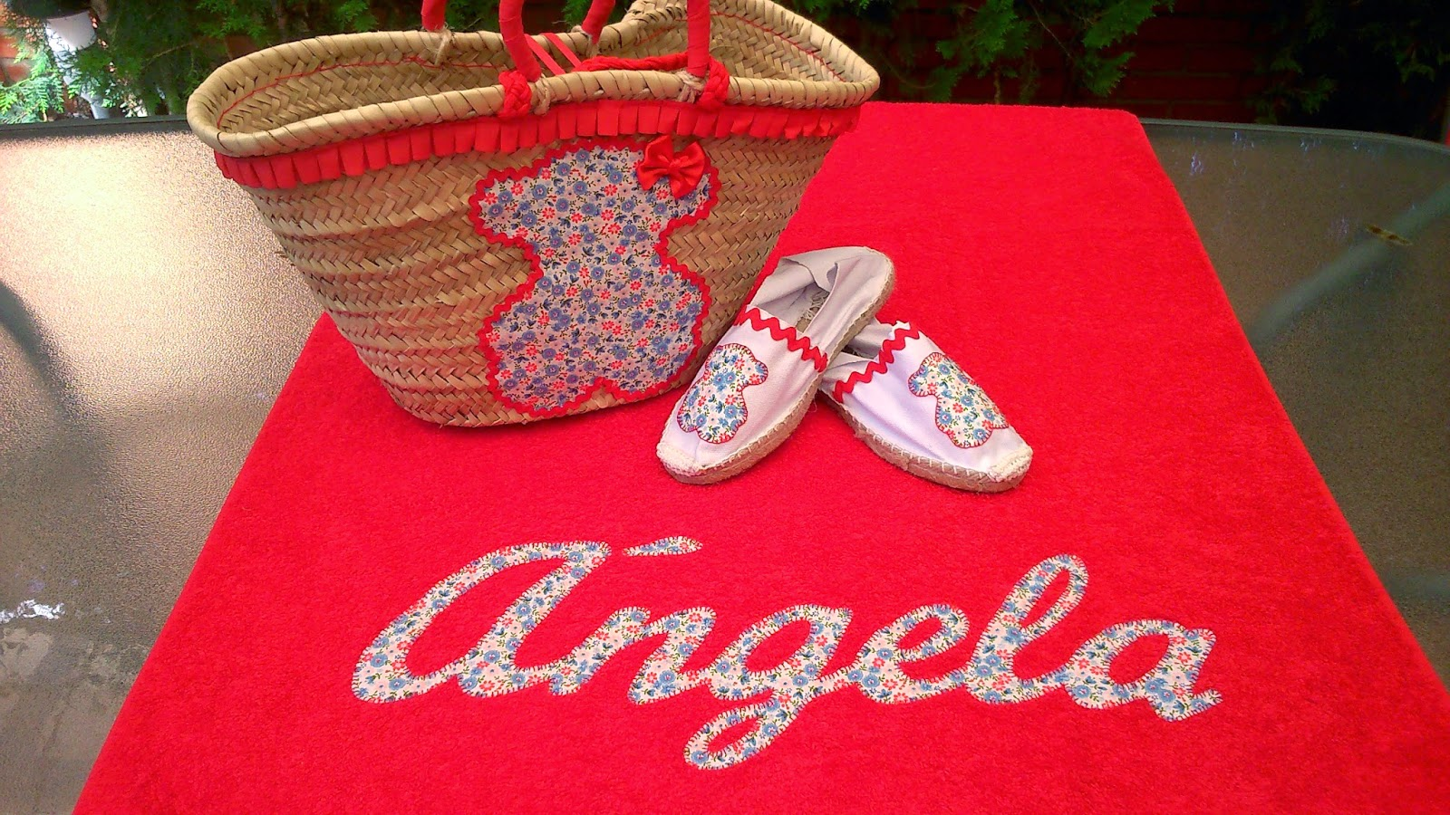 El costurero de julia cestas y toallas para piscina - Toallas infantiles personalizadas ...