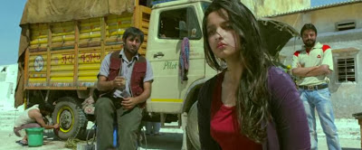 Watch Online First Look Of Highway (2014) Hindi Movie On Youtube DVD Quality