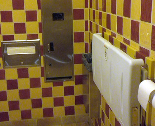Disneyland report hidden gems secret bathroom for Hidden bathroom pics