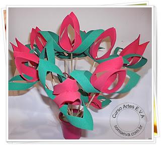 Flores de E.V.A, imitando a Tulipa