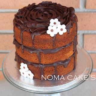 http://equilibrat.wordpress.com/2013/09/25/tarta-de-cumpleanos-de-naranja-y-chocolate-negro/