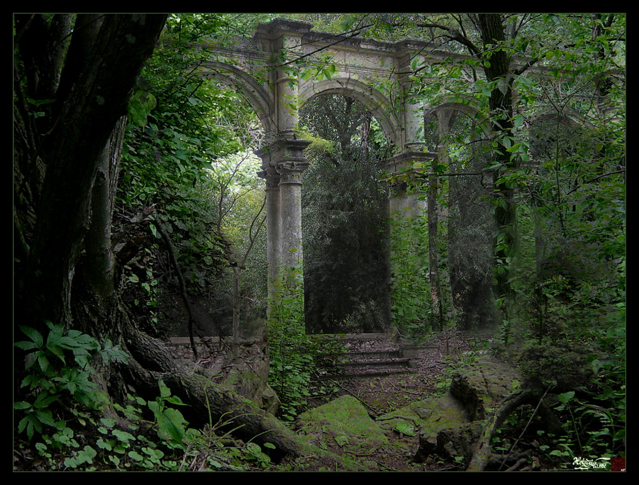 Forest_Ruins_by_HeliusFlame%255B1%255D.jpg