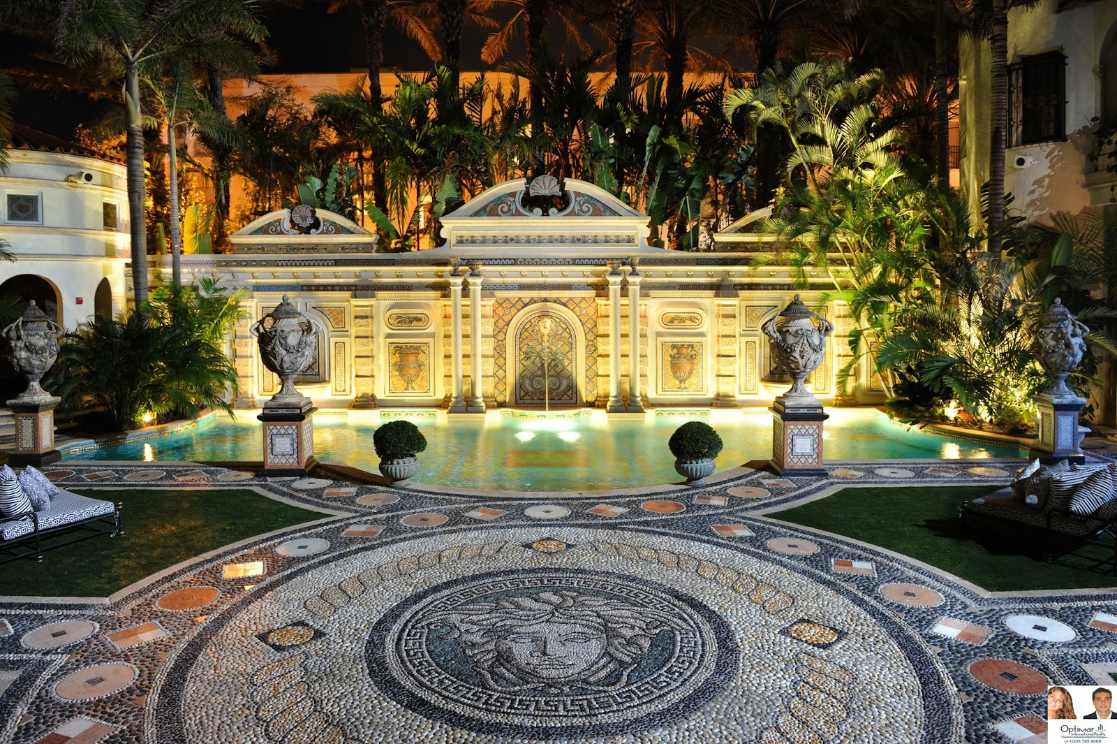 Luxury buildings miami beach villa casaurina versace for Design in casa