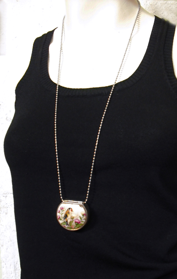 1unik in action vintage pill box necklace vintage pill box necklace aloadofball Choice Image