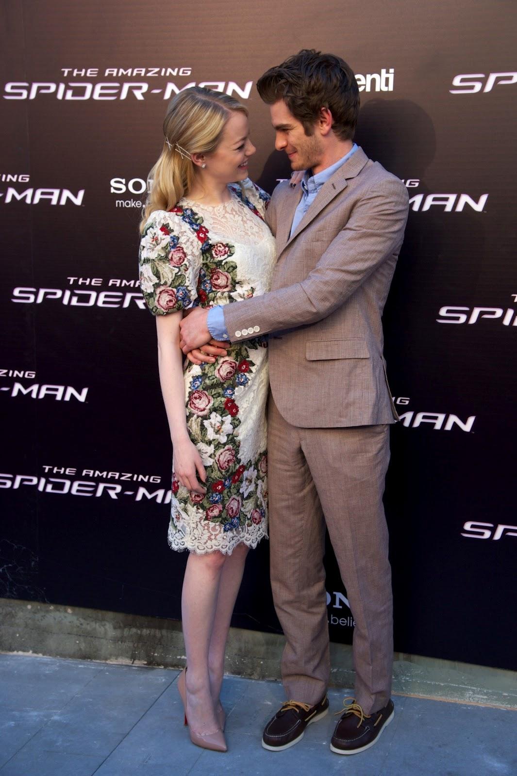 http://2.bp.blogspot.com/-7t0IMwVzj7c/T-PUcYOumcI/AAAAAAAAIx8/CUIL5aWW9mQ/s1600/Emma+Stone+-+The+Amazing+Spider+Man+Premiere+in+Madrid++Spain+-07.jpg